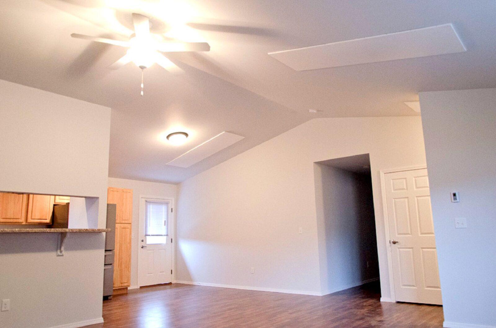 Ducoterra Living Room Radiant Panel